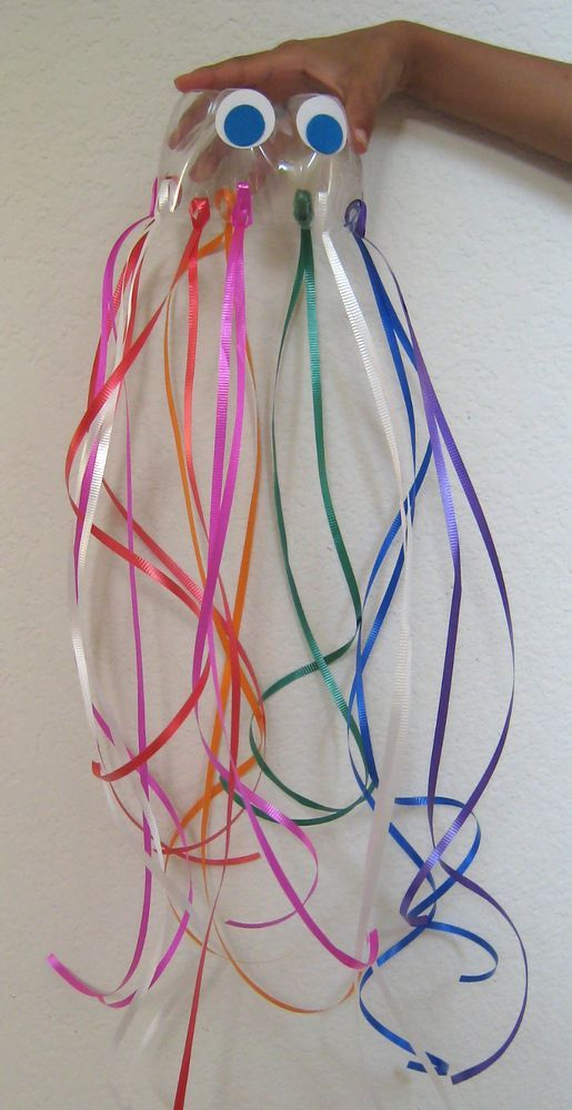 Recycled Art - Soda Bottle Jellyfish.....these are great to hang from the ceiling for a nautical birthday party or out doors from the trees for a kids pool party.