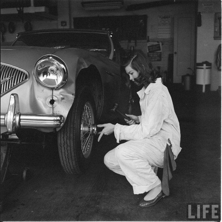 56 best The Garage images on Pinterest | Car girls, Carriage house ...