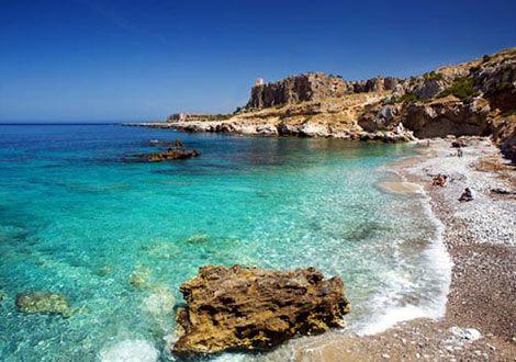 one of the many beaches in Mazara del Vallo, che bella