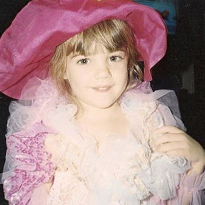 "lucy hale young photos | These Early Pics of Your Favorite Rosewood Residents Are ""A""mazing ..."