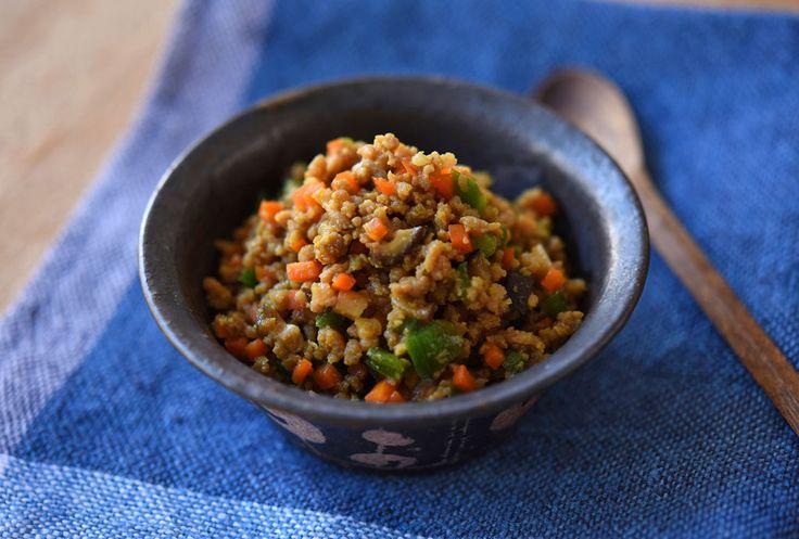 ひき肉を選ばない!美味しいカレーそぼろのレシピ/作り方  ©白ごはん.com