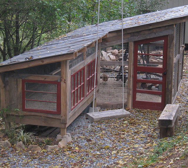 401 best images about cute coops on pinterest for Basic chicken coop