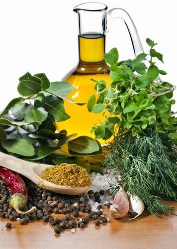 Fatto in casa: L'olio aromatico fatto in casa