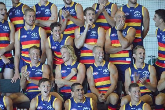 Adelaide Crows look how long Rory Sloanes hair is!!😜