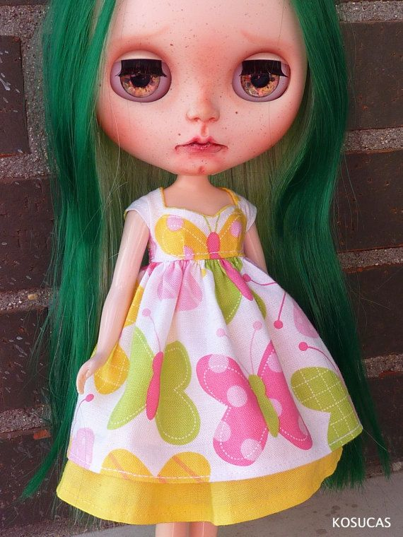 Dress and underskirt for Neo Blythe dolls. por Kosucas en Etsy