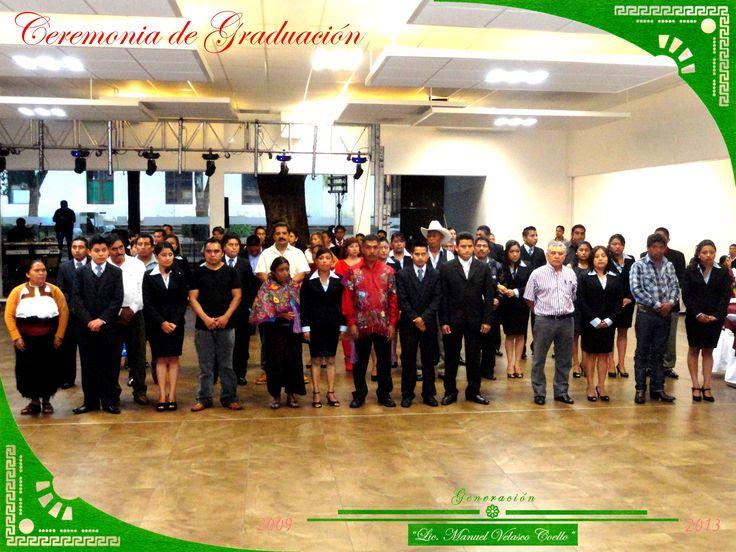 """Graduandos del grupo """"A"""" de la Licenciatura en Educación Primaria Intercultural Bilingüe."""