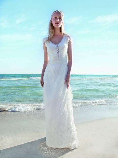 180 best Bruidsmode Lisa images on Pinterest | Short wedding gowns ...