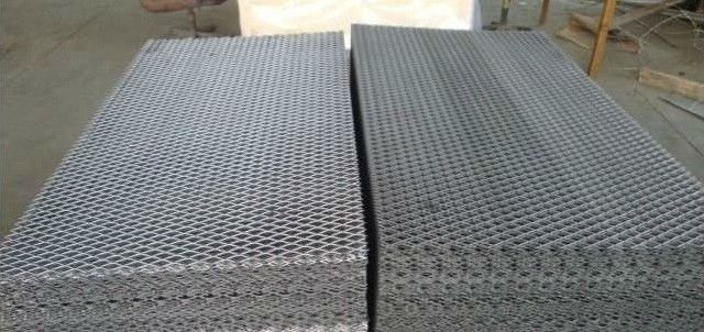 Low Carbon Steel Expanded metal fence panels for sale