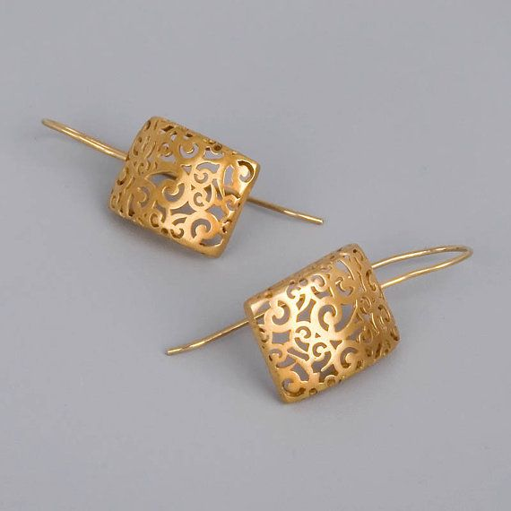 Gold Lace Earrings - Handmade filigree earrings slightly cambered and made with brass; the ear wires made with sterling silver 925, and all