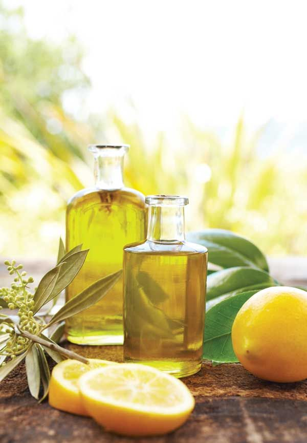 Discover the best carrier oils, how to use essential oils to diminish stress, boost energy and more with this guide to aromatherapy.