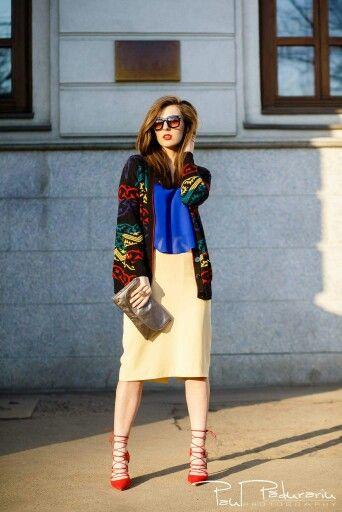 Fashion Blogger  www.ramonacervenciuc.ro  #blue #yellowskirt #redshoes #FashionBlogger #mystyle #happyoutfit