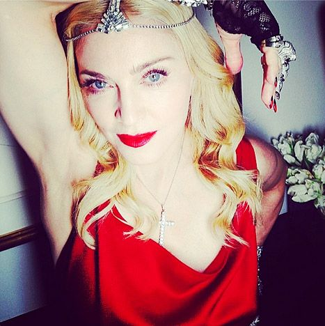 Madonna wears 1000 carats of Neil Lane diamonds
