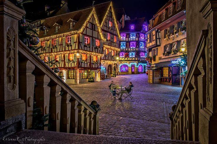 L'insolite diner de Noël au centre ville (Photo : Etienne Ruff) #Colmar #Alsace #France #Noël #Christmas #Weihnachten #insolite #ungewöhnlich #unusual #magie #magic #Zauber (www.noel-colmar.com)