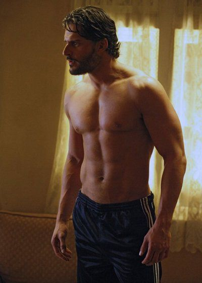 Pin for Later: We'll Never Tire of Seeing Joe Manganiello With His Top Off  He flexed his acting chops in a 2010 episode of True Blood.