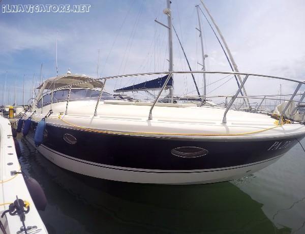 Mano' #Marine #38.50  Nome: - #chiasso  Bandiera : - #italiana  Cantiere : Mano #Marine 2008 #(appena Rina #rinnovato #2021)  Materiale: #Vetroresina  Largh.: 3.94 #m  Lunghezza 12,10 ... #annunci #nautica #barche #ilnavigatore