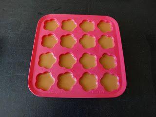 3 leuke recepten om zelf hondenkoekjes te bakken!  #diy #bakken #hondenkoekjes #hond