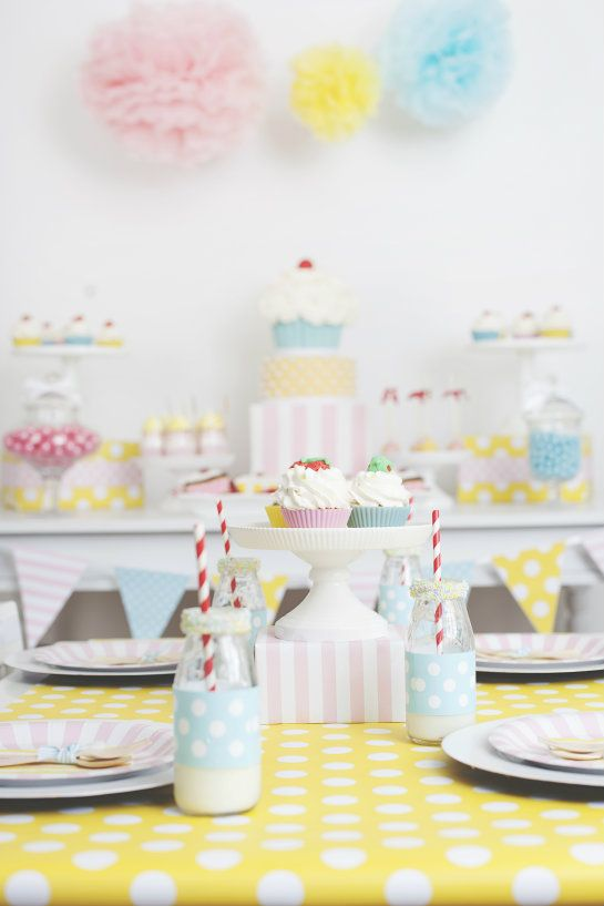 Cute as a Cupcake Party :: by SmashCake & Co.
