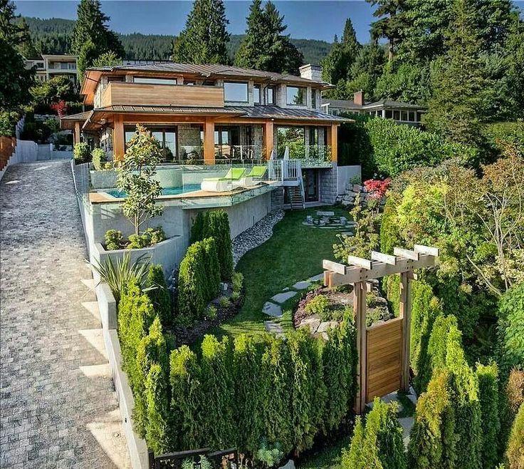 M s de 25 ideas incre bles sobre casa en desnivel en - Jardines en pendiente ...