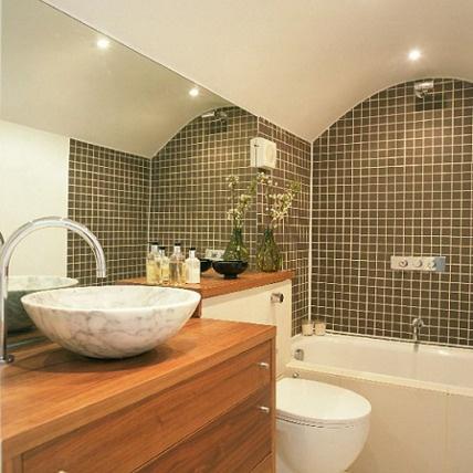 kamar-mandi-mungil-sederhana.jpg