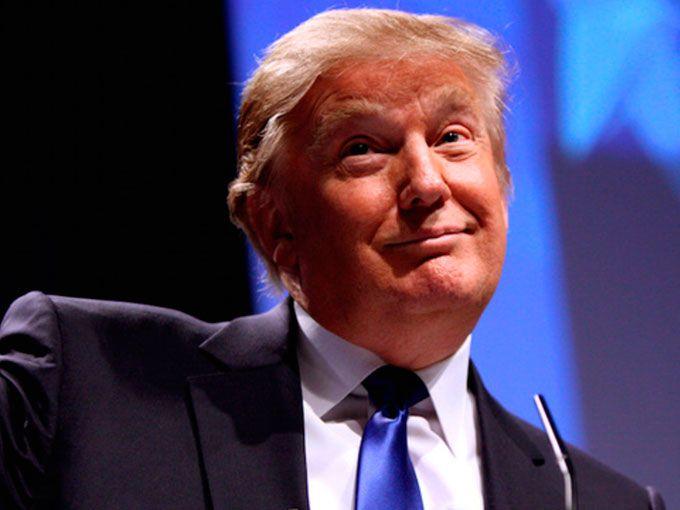 Una campaña, Vote Trump, Get Dumped, invita a las mujeres a cortar a sus novios si éstos votan por Donald Trump a pesar de sus declaraciones misóginas y sexistas.