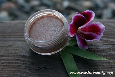 Misha Beauty - přírodní kosmetika a jiné DIY projekty : Kompaktní stíny
