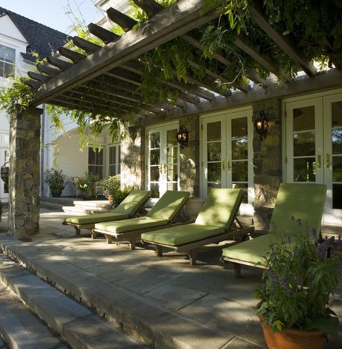 Far Hills farmhouse, NJ. Landscape design - Anthony Berardo,...
