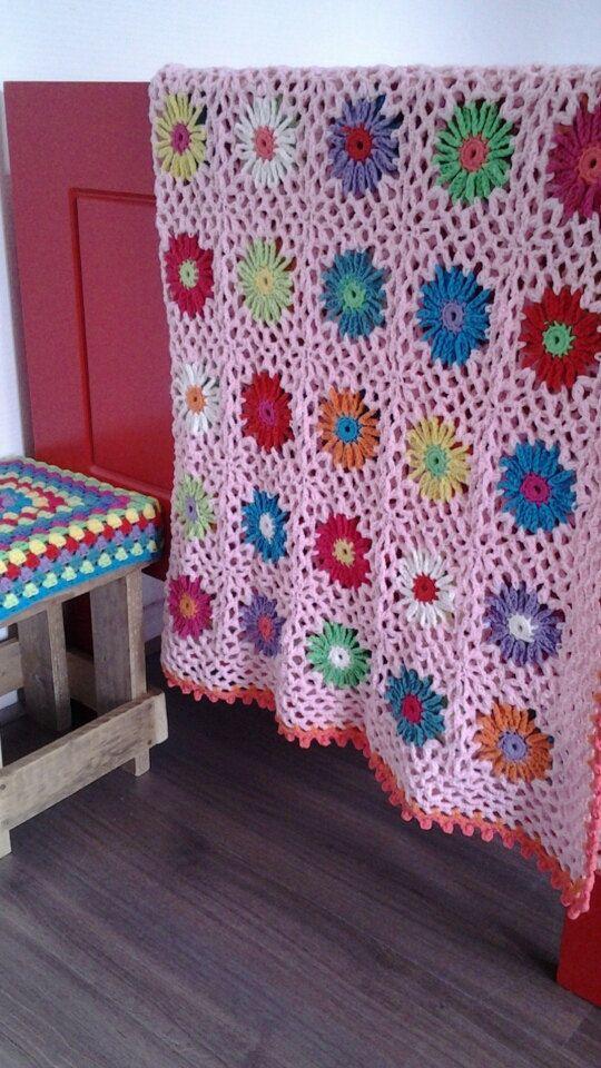 Patroon gehaakte bloemen deken van Gemhaaktdoormarijtje op Etsy, €4.00