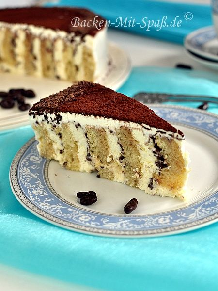 Tiramisu - Torte.  Looks lovely when cut and yet is so simple to make. (use Google translate for English instructions)