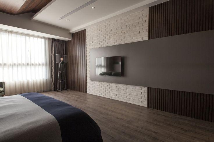 Cool Brick Textured Wall Wood Floor Stylish Bed in Minimalist Loft