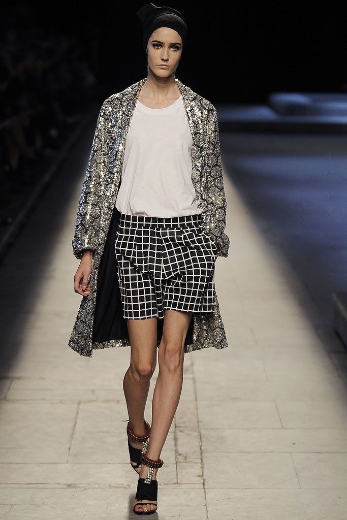 Dries Van Noten Spring 2009 Ready-to-Wear Collection Photos - Vogue