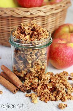 Granola jabłkowa, czyli szybkie i zdrowe śniadanie w minutę   Zdrowe Przepisy Pauliny Styś