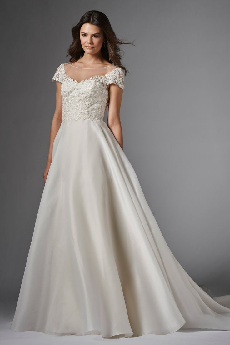 6/30 Watters Imara Gown style 15002 Wtoo Brides Imara Gown