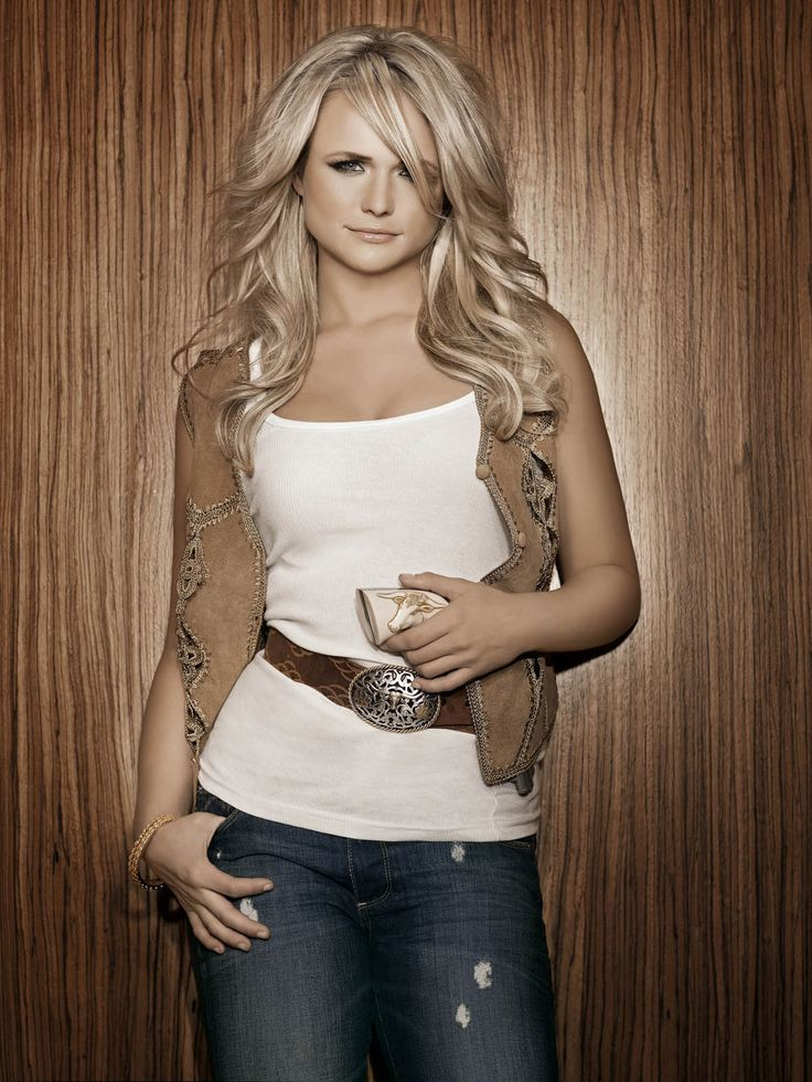 Miranda Lambert...not gonna lie I kind of sort of have a girl crush on her...love her & her music.: Girls Crushes, Mirandalambert, Crochet Boots Socks, Cute Outfits, Country Artists, Country Girls, Girls Style, Role Models, Miranda Lambert