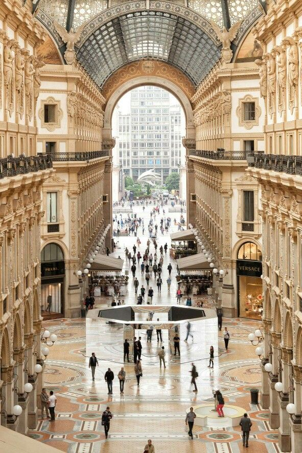 Newly renovated Galleria Vittorio Emmanuele II