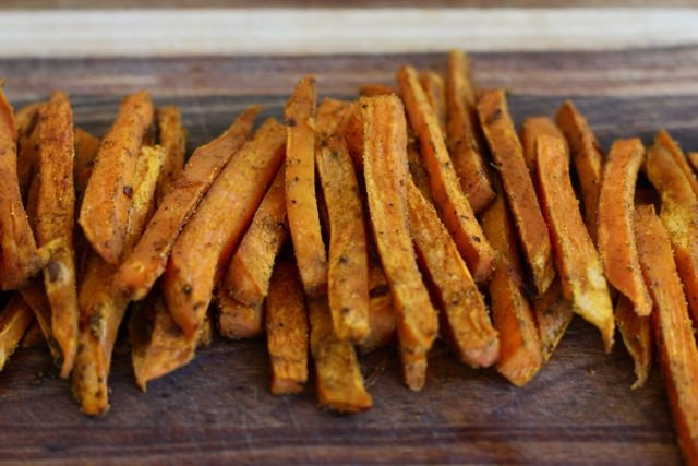 Baked Curried Sweet Potato Fries | Spud Recipes | Pinterest