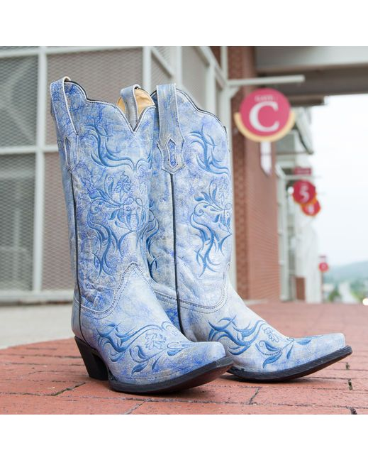 Corral Women's Fluorescent Blue Tribal Embroidery Boot - R1199  http://www.countryoutfitter.com/products/36481-womens-fluorescent-blue-tribal-embroidery-boot-r1199