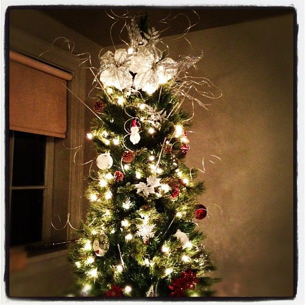 23 Best Christmas Tree Gold Ribbon Images On Pinterest