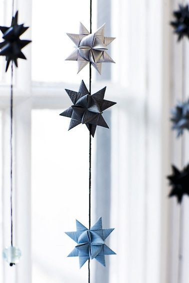 DIY paper stars with step by step instruction, pretty garland idea