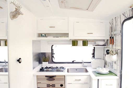 kitchenette, trailer, decorating small apartments, furnished apartment