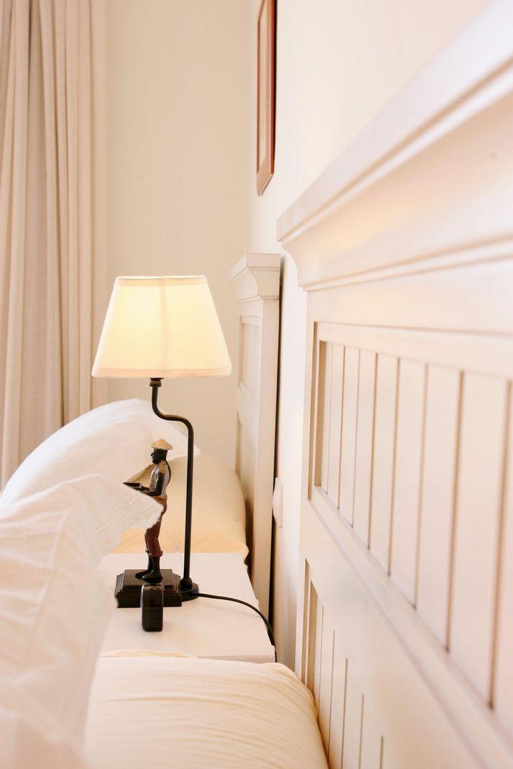 Good bedtime reading! In VillaGrancanaria you enjoy every moment.  Gute Bettlektüre!  In VillaGrancanaria genießen Sie jeden Moment. #holidayrentals #Ferienhaus #GranCanaria
