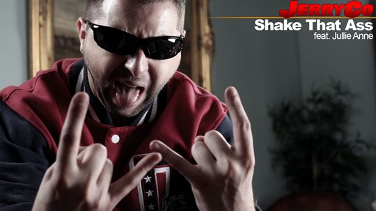 JerryCo - Shake That Ass (feat. Jullie Anne)  http://www.emonden.co/jerryco-shake-that-ass-feat-jullie-anne