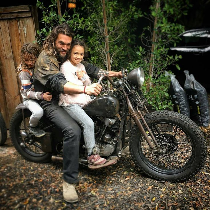 @Regrann from @love_cycles - One of the hardest working most dedicated family man I know, Honored to be living the dream with you big brother @prideofgypsies. Proud papa J with his 3 babies Lola, dirty louise and wolfie..❤  - #regrann #jasonmomoa