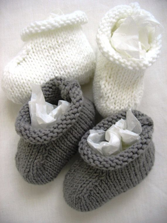 Hey, I found this really awesome Etsy listing at https://www.etsy.com/listing/189094623/booties-baby-socks-handknit-grey-gray