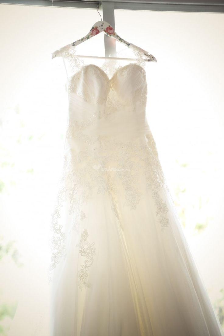 Si se acerca tu boda entonces toma nota de estas 24 fotografías que seguramente querrás tener dentro de tu álbum de bodas.