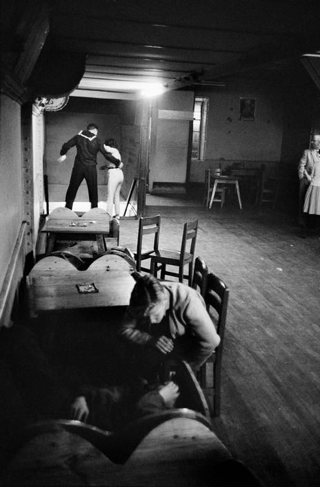 Sergio Larrain, bar, Valparaiso, Chile, 1963.