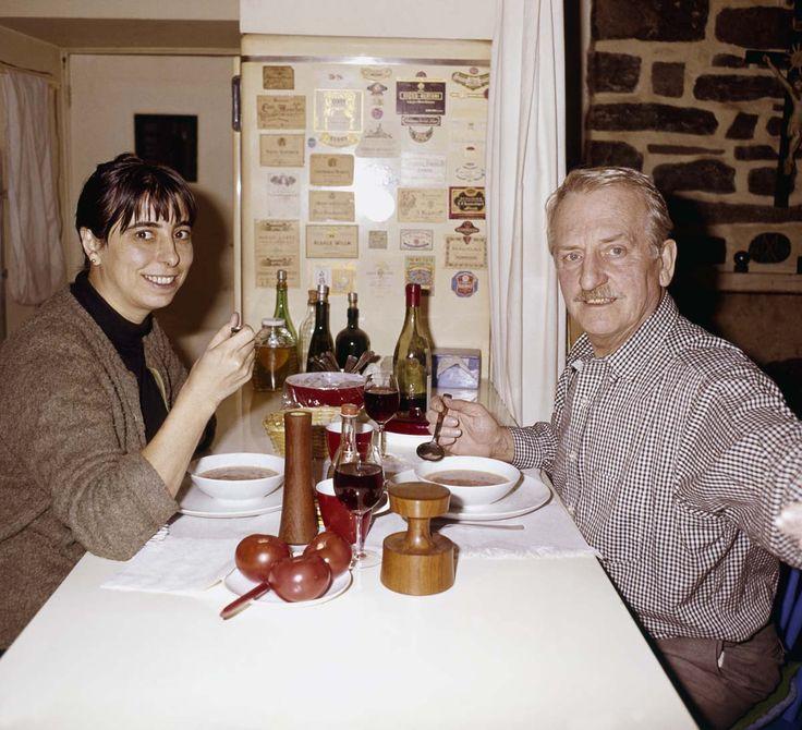 Madeleine et Alfred Pellan (1964) #AlfredPellan #Pellan