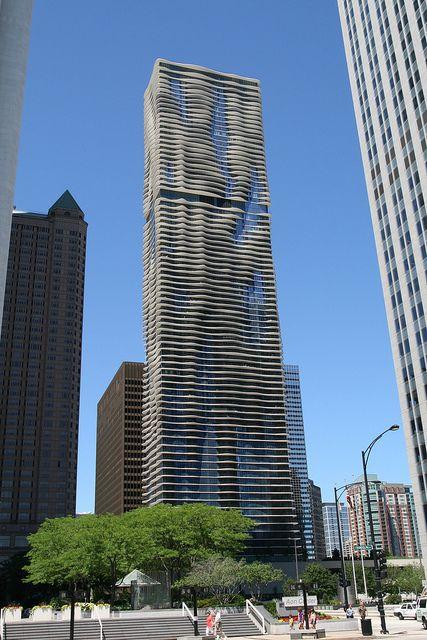 Chicago skyscraper by Bernt Rostad, via Flickr