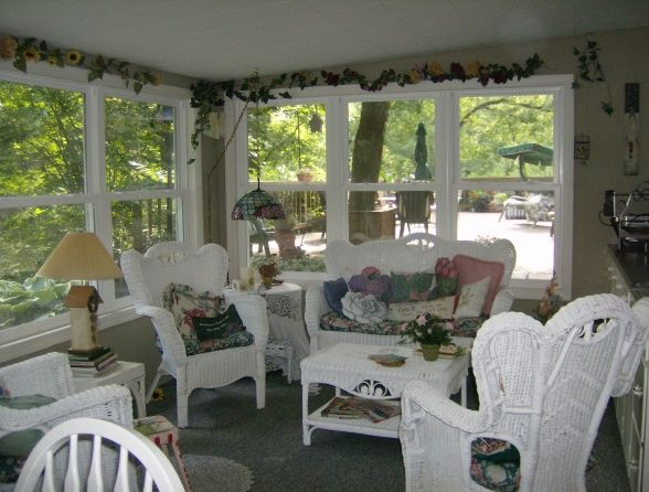 Best WHAT HAPPENS ON THE PORCH Images On Pinterest Porch - Cottage sunroom decorating ideas mesmerizing sunroom decorating ideas