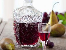 Лучшие рецепты домашних настоек на водке из ягод смородины - фото