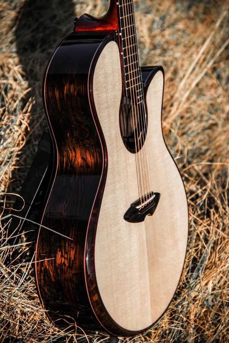 """Posiblemente unas de las mejores guitarras acústicas del mercado élite, hechas en Sudáfrica por Casimi Guitars. """"Buscamos la alta fidelidad. Así que nuestro objetivo es conseguir un sonido cristalino. Nos gusta escuchar cada cuerda individual, aportando su voz única al coro, por lo que la separación es muy importante para nosotros."""" Su entrevista en Guitar Fair Magazine nº19 https://issuu.com/guitarfairmagazine/docs/guitar_fair_magazine_n19_septiembre/1"""